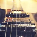 ロックの歴史に残るギターリフ100選